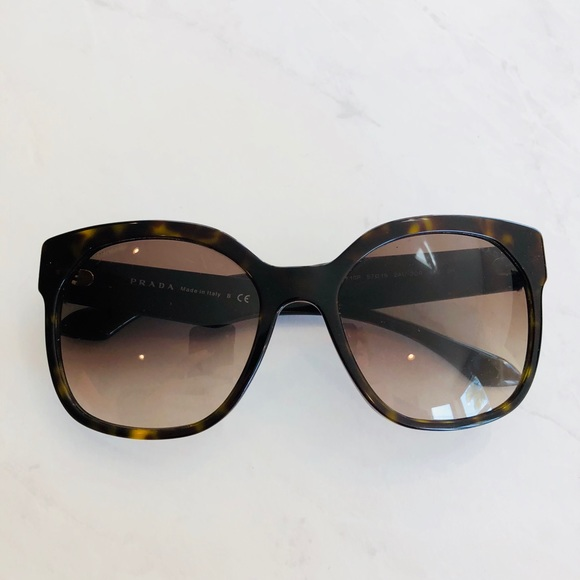 9313efdf51b53 Prada PR 07PSA Sunglasses NWOT (Havana  Brown). M 5a90a0e9a44dbe1f0112e8d6